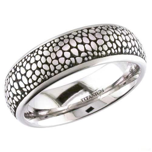 Stingray Titanium Ring